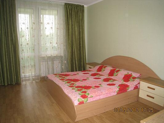 2-комнатная квартира посуточно в Симферополе. Киевский район, ул. Камская, 23. Фото 1