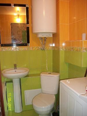 1-комнатная квартира посуточно в Севастополе. Гагаринский район, ул. Героев Бреста, 29. Фото 1