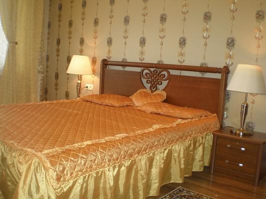 2-комнатная квартира посуточно в Одессе. Приморский район, ул. Канатная, 92. Фото 1