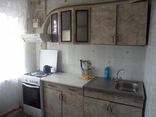 1-комнатная квартира посуточно в Мелитополе. ул. Бронзоса, 43. Фото 1