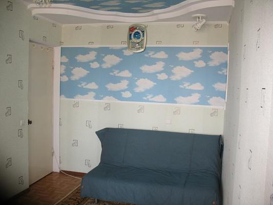 2-комнатная квартира посуточно в Судаке. ул. Ленина, 44. Фото 1