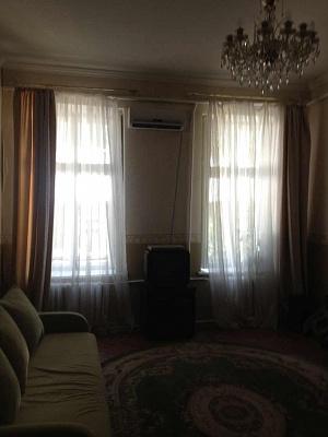 2-комнатная квартира посуточно в Одессе. Приморский район, Соборная пл., 12. Фото 1