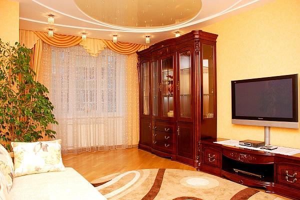 2-комнатная квартира посуточно в Киеве. Шевченковский район, нокольско-Слободская. Фото 1