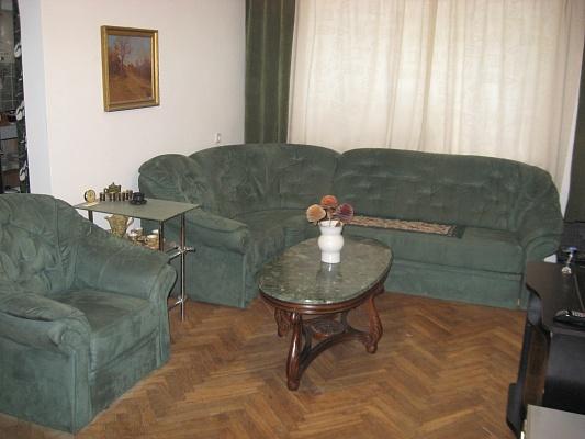 2-комнатная квартира посуточно в Львове. Лычаковский район, ул. Лычаковская, 71. Фото 1