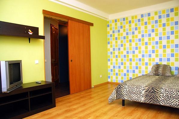 1-комнатная квартира посуточно в Киеве. Днепровский район, Русановский б-р, 9. Фото 1