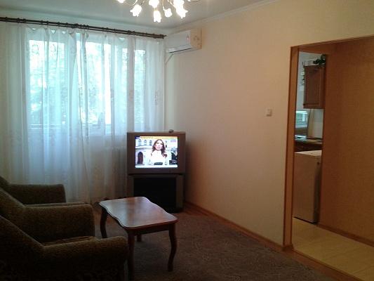 1-комнатная квартира посуточно в Керчи. ул. Кирова, 33. Фото 1