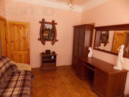 2-комнатная квартира посуточно в Каменце-Подольском. ул. Шевченко, 11. Фото 1