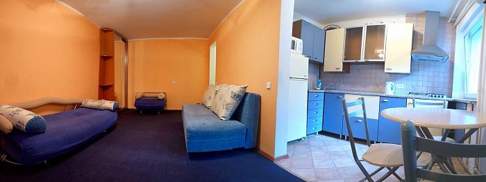 1-комнатная квартира посуточно в Одессе. Приморский район, б-р Французский, 41. Фото 1