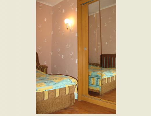 1-комнатная квартира посуточно в Киеве. Голосеевский район, ул. Голосеевская, 5. Фото 1