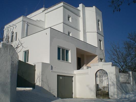 Дом  посуточно в Керчи. ул. Королева. Фото 1