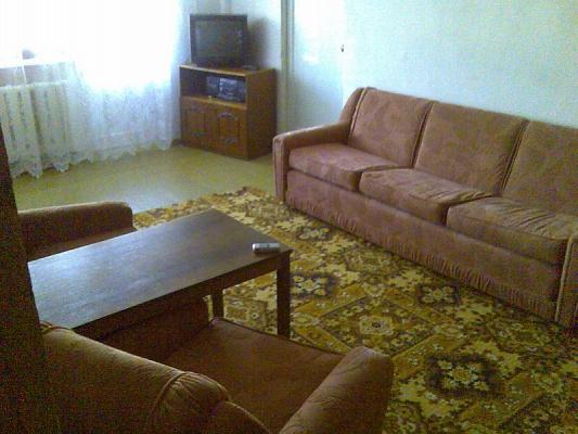 2-комнатная квартира посуточно в Севастополе. Ленинский район, ул. Гоголя, 47. Фото 1