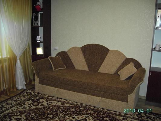 1-комнатная квартира посуточно в Хмельницком. ул. Заречанская, 36/2. Фото 1