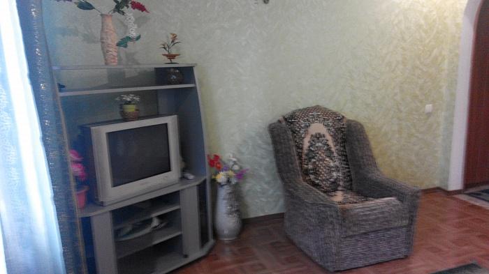 Дом  посуточно в Умани. ул. Пушкина, 7. Фото 1