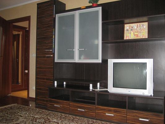 1-комнатная квартира посуточно в Хмельницком. ул. Заричанская, 57/1. Фото 1