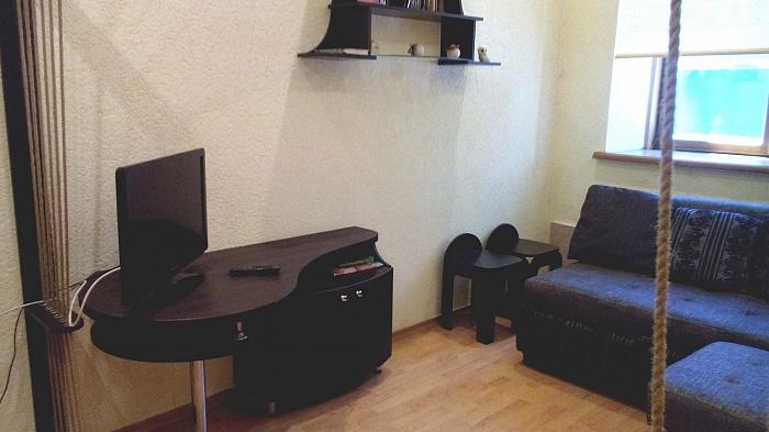 2-комнатная квартира посуточно в Керчи. ул. Горбульского, 31. Фото 1