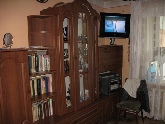 1-комнатная квартира посуточно в Трускавце. ул. Стебницкая, 70. Фото 1