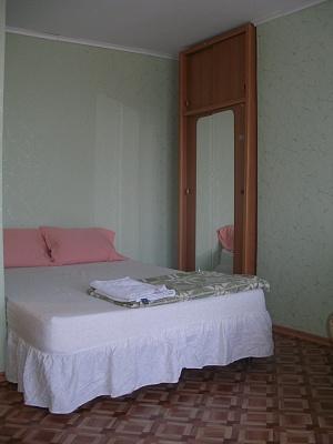 1-комнатная квартира посуточно в Керчи. ул. Кирова, 3. Фото 1