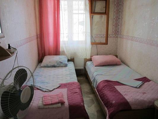 Дом  посуточно в Евпатории. Санаторская, 19. Фото 1