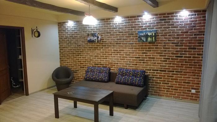 2-комнатная квартира посуточно в Луганске. Октябрьский  район, Жукова квартал, 8. Фото 1