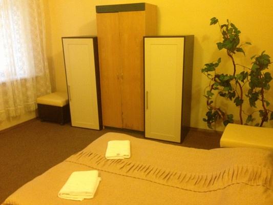 2-комнатная квартира посуточно в Алупке. Крутой спуск, 2. Фото 1