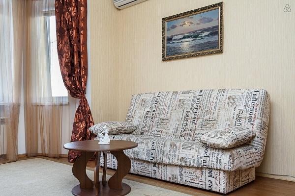 1-комнатная квартира посуточно в Запорожье. Ленинский район, пр-т Ленина, 175. Фото 1