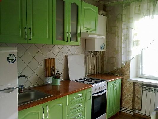 3-комнатная квартира посуточно в Бердянске. Пролетарский, 234. Фото 1
