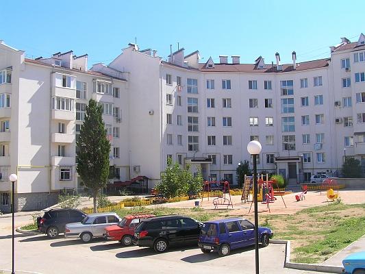 2-комнатная квартира посуточно в Севастополе. Гагаринский район, ул. Вакуленчука, 26. Фото 1