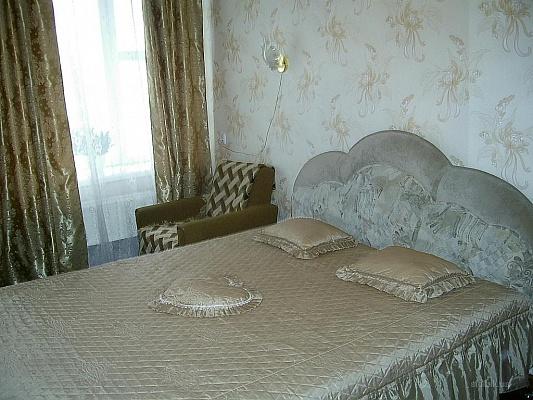 2-комнатная квартира посуточно в Сумах. Заречный район, ул. Заливная, 13. Фото 1