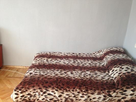 1-комнатная квартира посуточно в Киеве. Печерский район, ул. Барбюса, 56/2. Фото 1