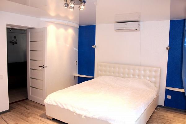 2-комнатная квартира посуточно в Одессе. Приморский район, ул. Елисаветинская (Щепкина), 9. Фото 1