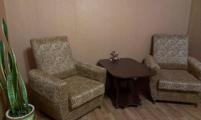 2-комнатная квартира посуточно в Запорожье. Жовтневый район, ул. Дзержинского, 114а. Фото 1