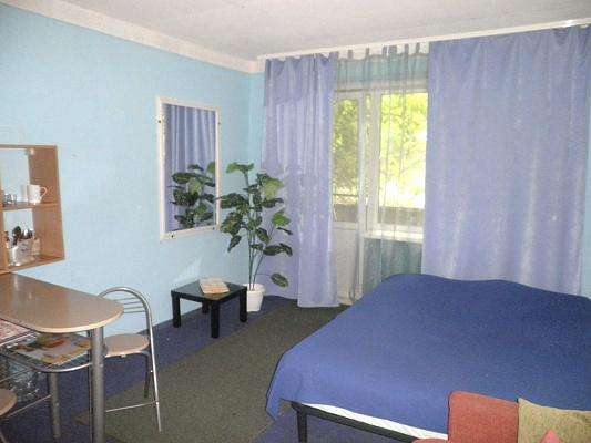 Комната  посуточно в Макеевке. м-н Зеленый, 11. Фото 1