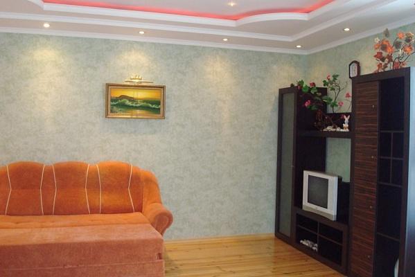 1-комнатная квартира посуточно в Ялте. ул. Пионерская, 5. Фото 1