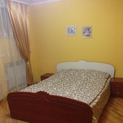 2-комнатная квартира посуточно в Львове. Галицкий район, ул. Ужгородская, 12. Фото 1