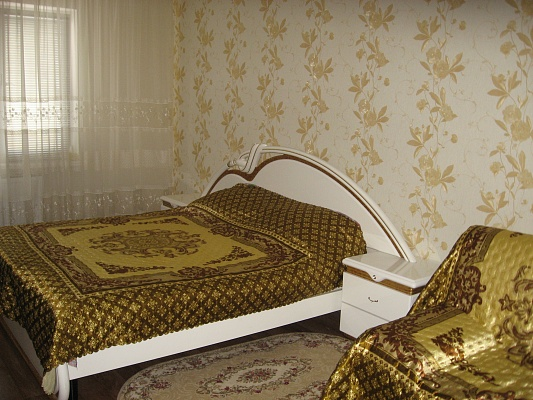 1-комнатная квартира посуточно в Киеве. Деснянский район, ул. Закревского, 95Б. Фото 1