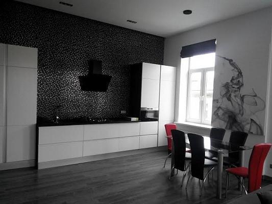 2-комнатная квартира посуточно в Львове. Галицкий район, ул. Русская, 16. Фото 1