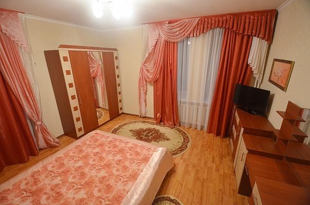 2-комнатная квартира посуточно в Николаеве. Центральный район, ул. Шнеерсона (Карла Либкнехта), 2Б. Фото 1