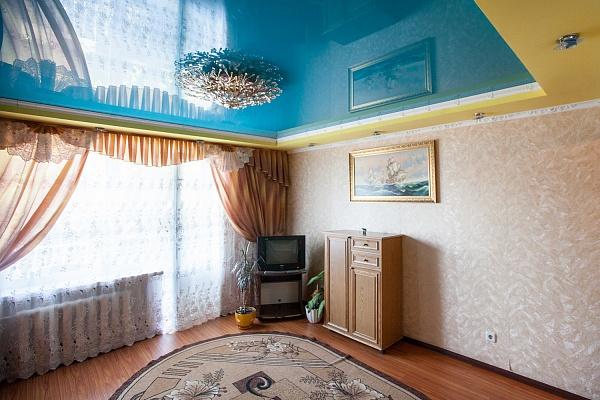 1-комнатная квартира посуточно в Житомире. ул. Покровская (Щорса), 28. Фото 1