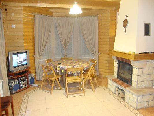 Дом  посуточно в Микуличине. ул. Грушевского, 200. Фото 1