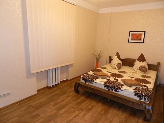 2-комнатная квартира посуточно в Запорожье. Орджоникидзевский район, ул. Гагарина, 1а. Фото 1