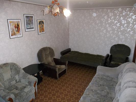 1-комнатная квартира посуточно в Черкассах. ул. Митницкая (Пионерская), 17. Фото 1