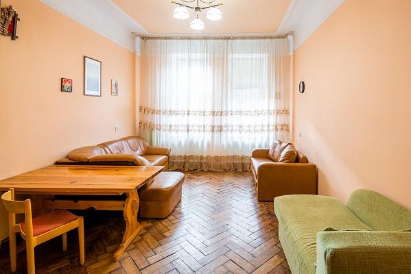 2-комнатная квартира посуточно в Львове. Шевченковский район, ул. Ковалевской, 3. Фото 1