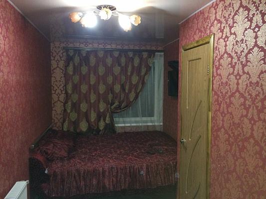 5-комнатная квартира посуточно в Нежине. ул. Березанская, 159г. Фото 1