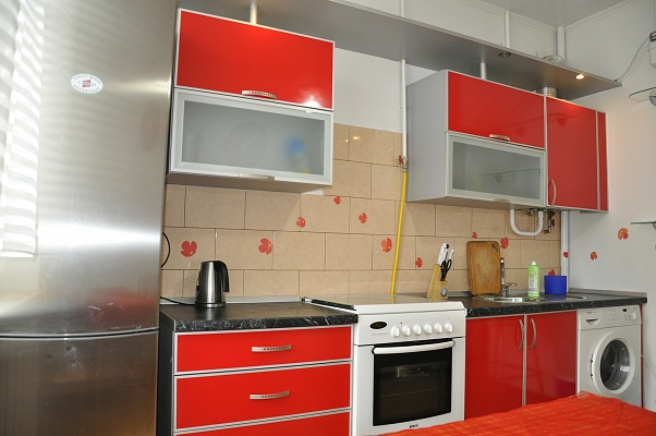 1-комнатная квартира посуточно в Одессе. Приморский район, ул. Спиридоновская, 12. Фото 1