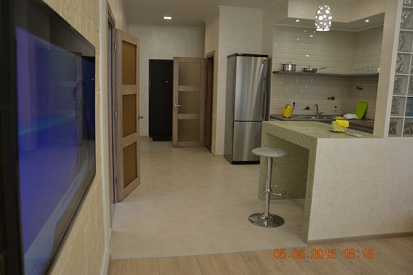 2-комнатная квартира посуточно в Одессе. Приморский район, ул. Литературная , 12. Фото 1