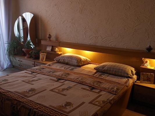 1-комнатная квартира посуточно в Виннице. Ленинский район, пр-т Юности, 45а. Фото 1