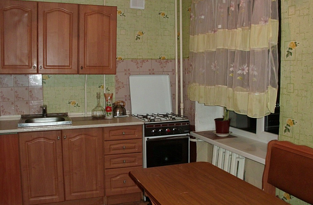1-комнатная квартира посуточно в Полтаве. Киевский район, ул. Опытная, 6. Фото 1