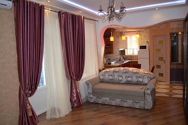 2-комнатная квартира посуточно в Одессе. Приморский район, ул. Канатная, 60. Фото 1
