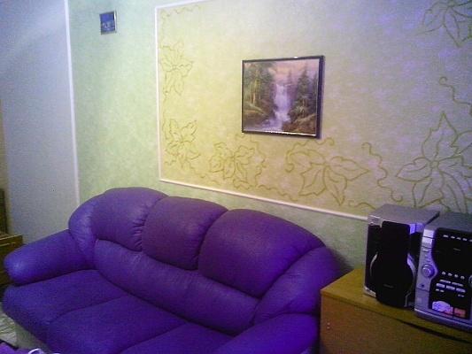 1-комнатная квартира посуточно в Житомире. ул. Мануильского, 13. Фото 1