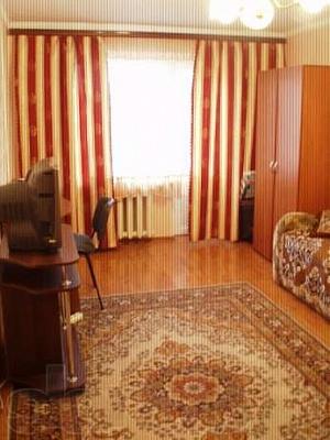 1-комнатная квартира посуточно в Алчевске. ул. Липовенко, 11. Фото 1